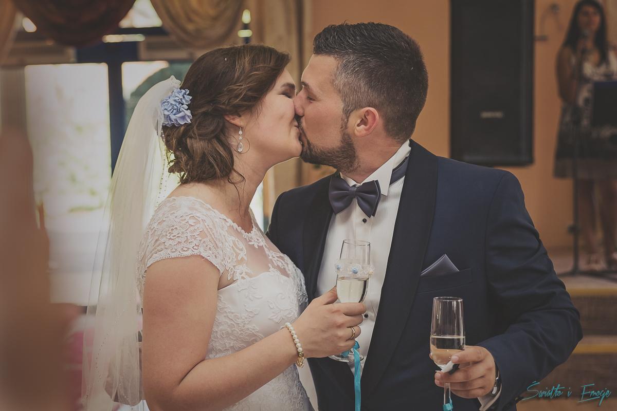 światło i emocje fotografia ślubna plenery ślubne Inowrocław