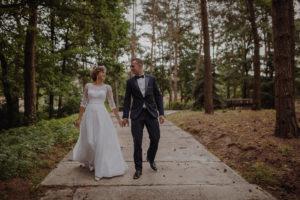 sesja poslubna plener jezioro plaza las Chomiaza Szlachecka fotograf na slub wesele Światło i Emocje (1)