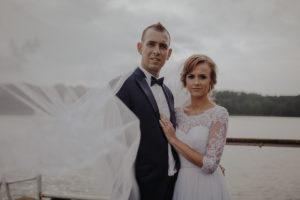 sesja poslubna plener jezioro plaza las Chomiaza Szlachecka fotograf na slub wesele Światło i Emocje (16)