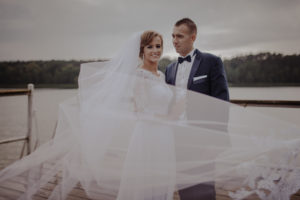 sesja poslubna plener jezioro plaza las Chomiaza Szlachecka fotograf na slub wesele Światło i Emocje (18)