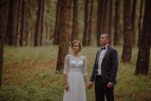 sesja poslubna plener jezioro plaza las Chomiaza Szlachecka fotograf na slub wesele Światło i Emocje (24)