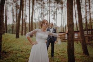 sesja poslubna plener jezioro plaza las Chomiaza Szlachecka fotograf na slub wesele Światło i Emocje (27)