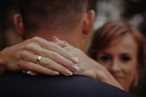sesja poslubna plener jezioro plaza las Chomiaza Szlachecka fotograf na slub wesele Światło i Emocje (4)