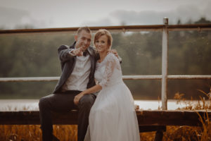 sesja poslubna plener jezioro plaza las Chomiaza Szlachecka fotograf na slub wesele Światło i Emocje (42)