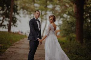 sesja poslubna plener jezioro plaza las Chomiaza Szlachecka fotograf na slub wesele Światło i Emocje (5)