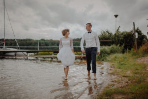 sesja poslubna plener jezioro plaza las Chomiaza Szlachecka fotograf na slub wesele Światło i Emocje (51)