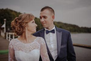 sesja poslubna plener jezioro plaza las Chomiaza Szlachecka fotograf na slub wesele Światło i Emocje (9)