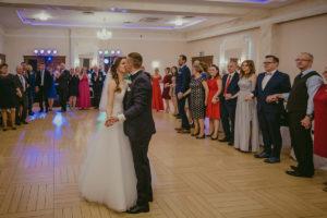 reportaż slubny Pakosc fotograf slubny swiatlo i emocje torun bydgoszcz inowroclaw Natalia i Karol (139)