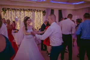 reportaż slubny Pakosc fotograf slubny swiatlo i emocje torun bydgoszcz inowroclaw Natalia i Karol (225)