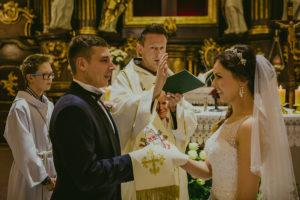 reportaż slubny Pakosc fotograf slubny swiatlo i emocje torun bydgoszcz inowroclaw Natalia i Karol (24)