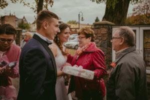 reportaż slubny Pakosc fotograf slubny swiatlo i emocje torun bydgoszcz inowroclaw Natalia i Karol (56)