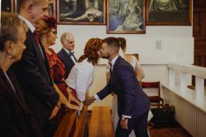 reportaz Bydgoszcz, przyjecie karczma Kujawska, kosciol Pw. Matki Bozej Krolowej Meczennikow, swiatlo i emocje, Marta i Szymon  (106)