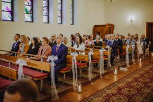 reportaz Bydgoszcz, przyjecie karczma Kujawska, kosciol Pw. Matki Bozej Krolowej Meczennikow, swiatlo i emocje, Marta i Szymon (114)