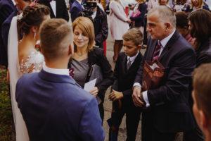 reportaz Bydgoszcz, przyjecie karczma Kujawska, kosciol Pw. Matki Bozej Krolowej Meczennikow, swiatlo i emocje, Marta i Szymon (145)