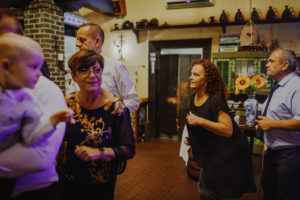 reportaz Bydgoszcz, przyjecie karczma Kujawska, kosciol Pw. Matki Bozej Krolowej Meczennikow, swiatlo i emocje, Marta i Szymon (276)