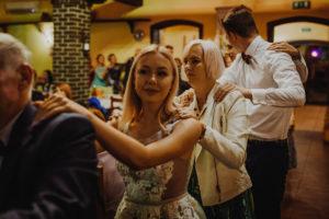 reportaz Bydgoszcz, przyjecie karczma Kujawska, kosciol Pw. Matki Bozej Krolowej Meczennikow, swiatlo i emocje, Marta i Szymon  (346)