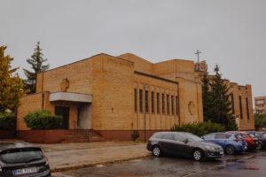 reportaz Bydgoszcz, przyjecie karczma Kujawska, kosciol Pw. Matki Bozej Krolowej Meczennikow, swiatlo i emocje, Marta i Szymon (64)