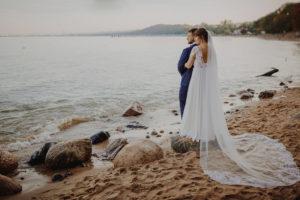 klif Gdynia Orlowo sesja poslubna klif Gdynia orlowo zdjecia slubne klif orlowo plener slubny swiatlo i emocje pl Marta i Szymon (13)