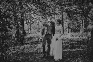 lesny plener poslubny las plaza jezioro fotografie slubne Poznan Mogilno Torun Inowroclaw Swiatlo i emocje pl (42)