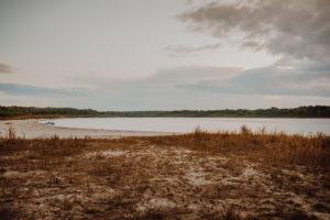 lesny plener poslubny las plaza jezioro fotografie slubne Poznan Mogilno Torun Inowroclaw Swiatlo i emocje pl (57)