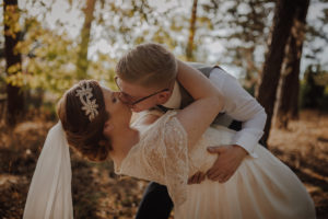 sesja poslubna las dwor Hulanka wyspa Mlynska fotograf na Twoj slub Bydgoszcz Torun Swiatlo i Emocje pl Agata i Karol (10)