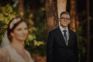 sesja poslubna las dwor Hulanka wyspa Mlynska fotograf na Twoj slub Bydgoszcz Torun Swiatlo i Emocje pl Agata i Karol (15)