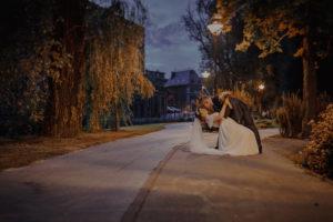 sesja poslubna las dwor Hulanka wyspa Mlynska fotograf na Twoj slub Bydgoszcz Torun Swiatlo i Emocje pl Agata i Karol (31)