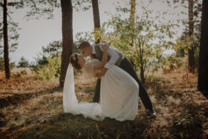 sesja poslubna las dwor Hulanka wyspa Mlynska fotograf na Twoj slub Bydgoszcz Torun Swiatlo i Emocje pl Agata i Karol (9)